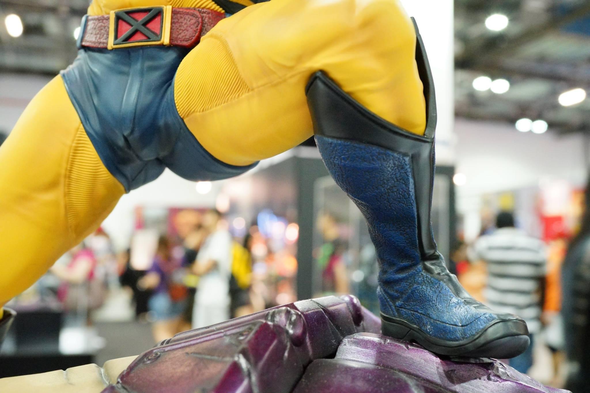 Premium Collectibles : Wolverine - Comics Version - Page 5 9